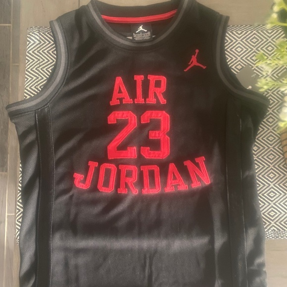 Air Jordan jump man kids jersey